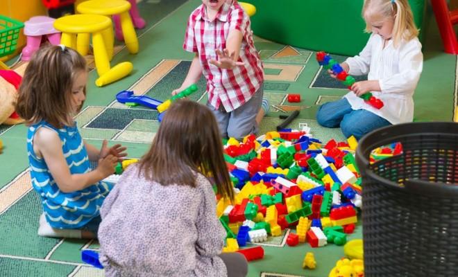 children group play
