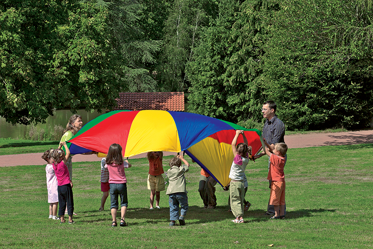 parachute-play