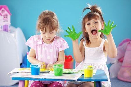 child-paint-hands