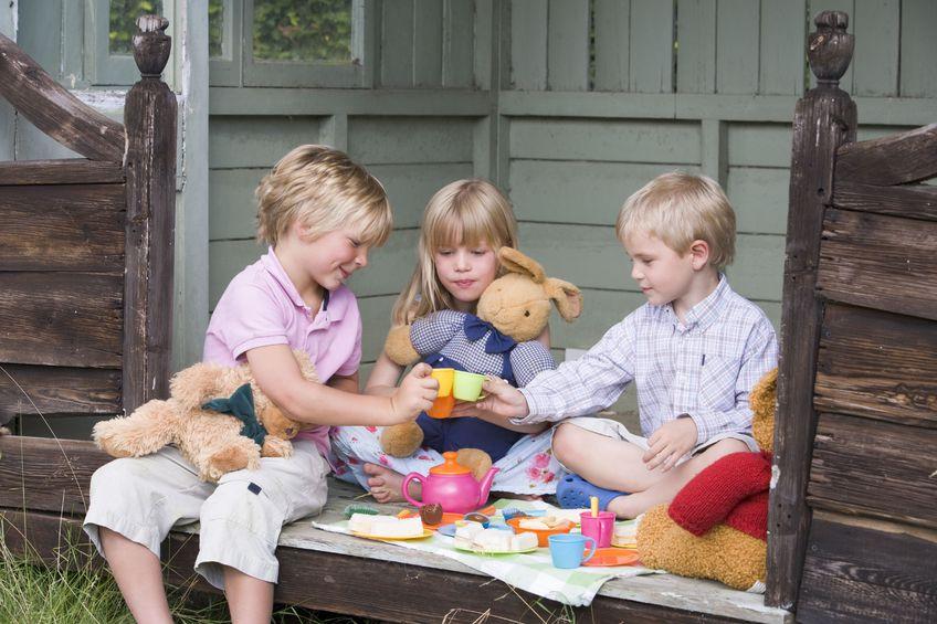 pretend- play- tea-party