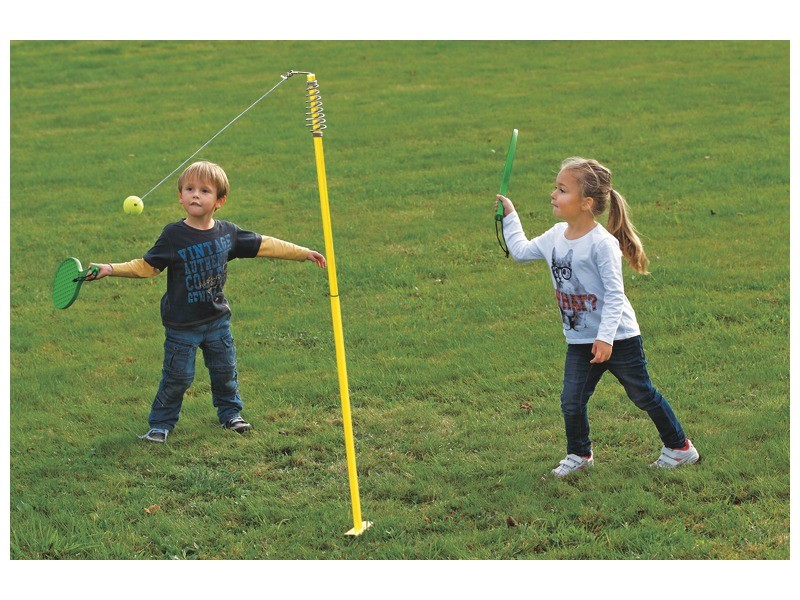 best outdoor toys for kids - swingball set