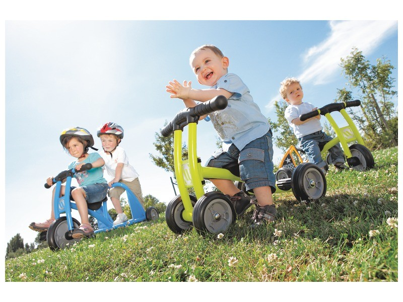best outdoor toys for kids - tricycle