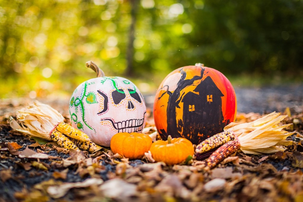 Halloween Crafts: Pumpkin Painting