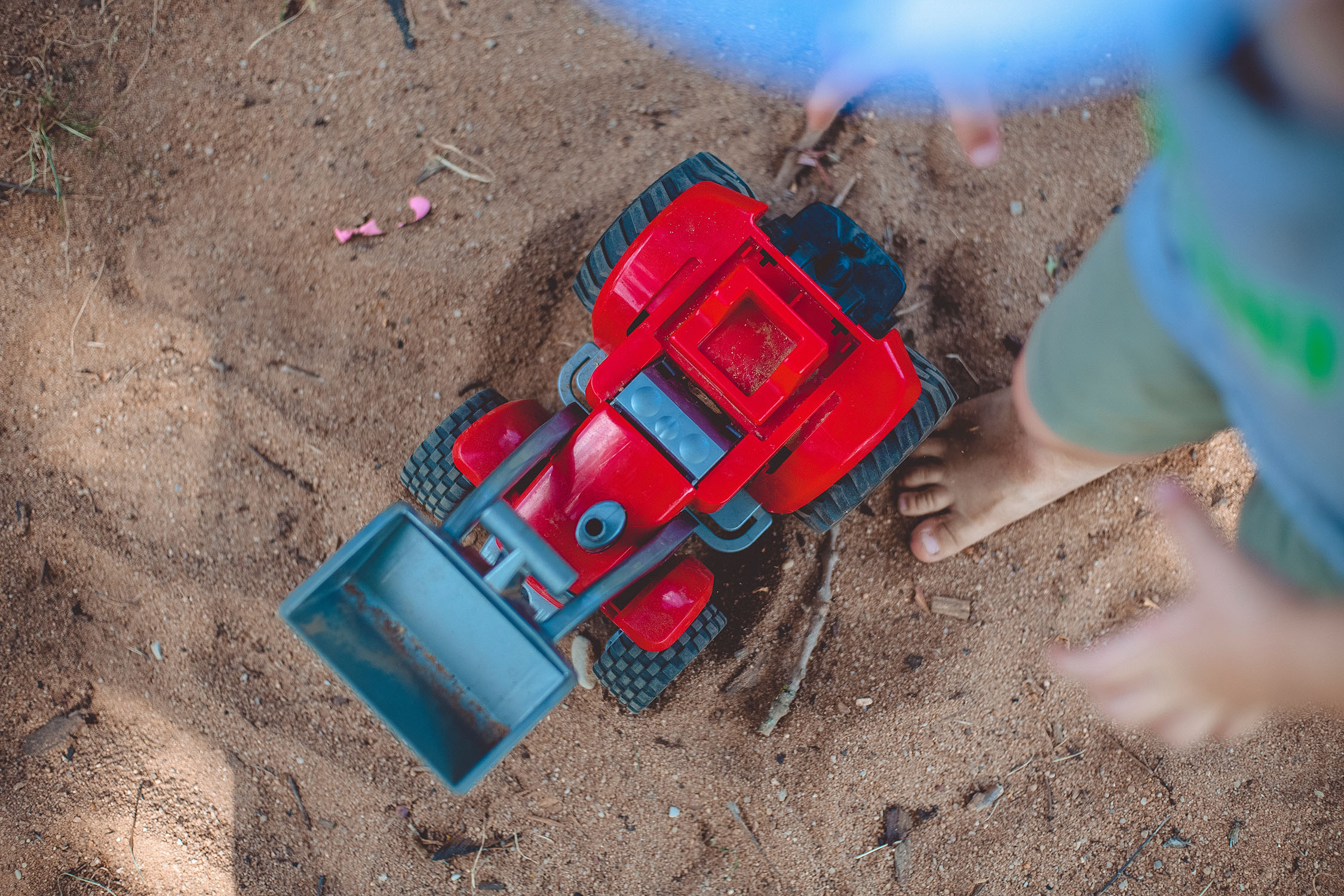 sand box sand pit sand table play ideas activities